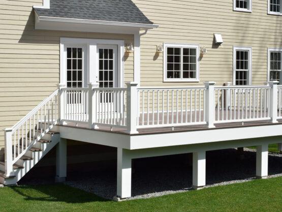 deck builders Warwick ri