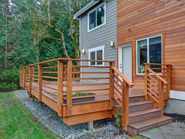 wood deck builder west Warwick ri
